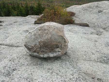Circle_rock_northern_sugarl