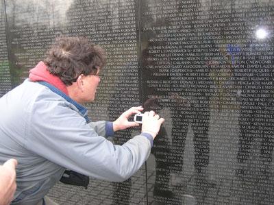 Doug Hoyt Finds Mark J. Robertson's Name